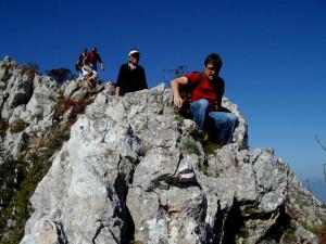 По тези скали трябва да се внимава ... !