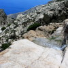 ... Гледаме надолу към каньона Ryakas ....